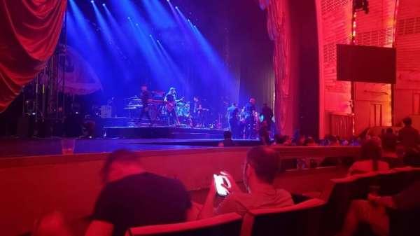 Radio City Music Hall, Abschnitt: Orchestra 6, Reihe: DD, Platz: 605