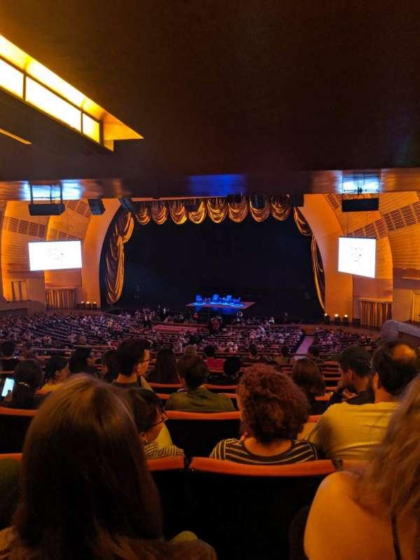 Radio City Music Hall, Abschnitt: 1ST Mezzanine 2, Reihe: K, Platz: 204