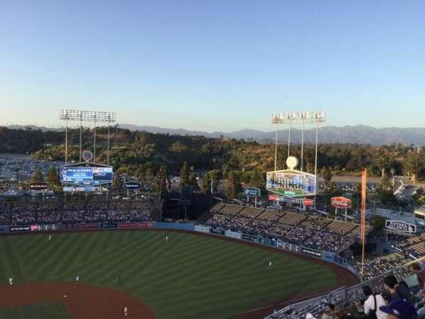Dodger Stadium, Abschnitt: 10TD, Reihe: J, Platz: 16