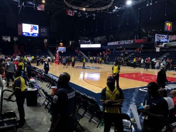 Entertainment and Sports Arena, Abschnitt: 103, Reihe: B, Platz: 5