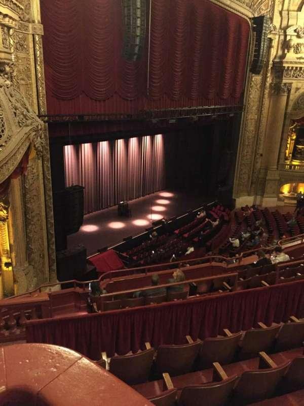 Chicago Theatre, Abschnitt: Balcony Box 3, Reihe: A, Platz: 23-25