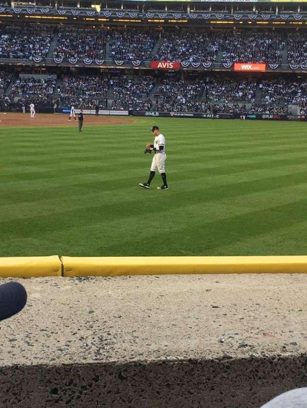 Yankee Stadium, Abschnitt: 104, Reihe: 2, Platz: 15