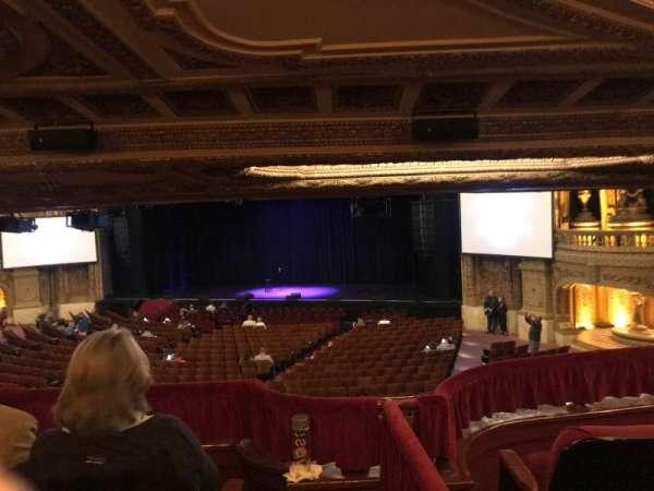 Chicago Theatre, Abschnitt: Mezzanine Box H, Reihe: H, Platz: 1-4
