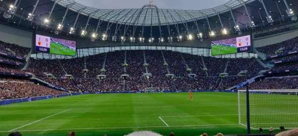 Tottenham Hotspur Stadium, Abschnitt: 113, Reihe: 11, Platz: 393