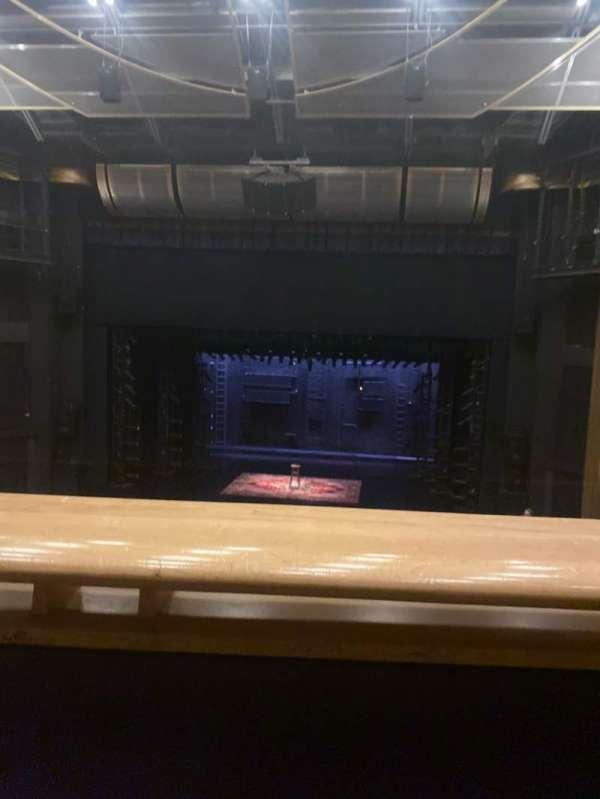 Ahmanson Theatre, Abschnitt: Mezzanine, Reihe: A, Platz: 19