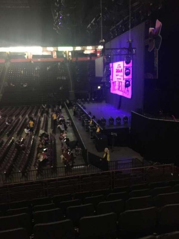 Manchester Arena, Abschnitt: 115, Reihe: N, Platz: 21