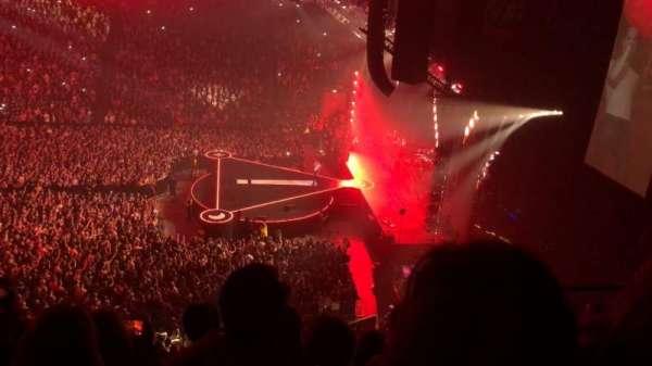 Manchester Arena, Abschnitt: 215, Reihe: E, Platz: 18