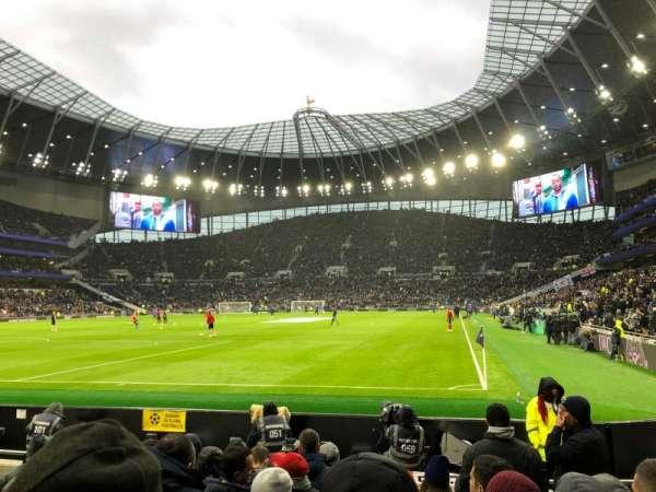 Tottenham Hotspur Stadium, Abschnitt: 110, Reihe: 8, Platz: 301