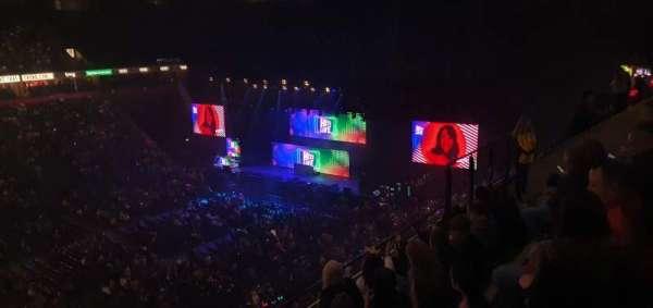 Manchester Arena, Abschnitt: 213, Reihe: E, Platz: 8