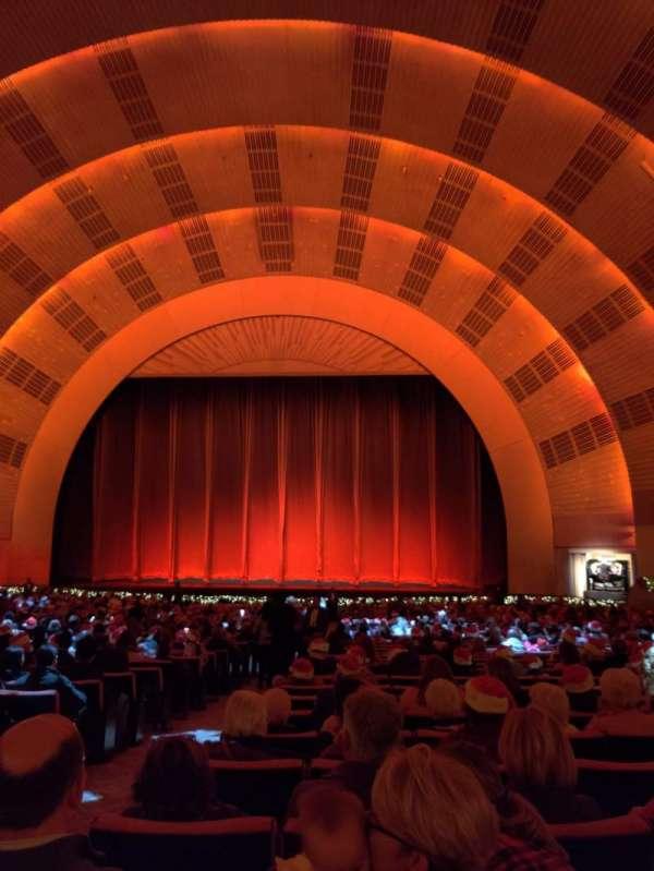 Radio City Music Hall, Abschnitt: Orchestra 3, Reihe: M, Platz: 312