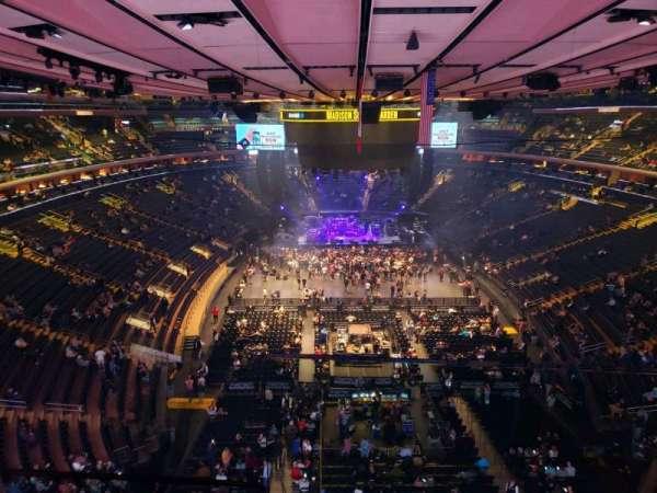 Madison Square Garden, Abschnitt: 301, Reihe: 1, Platz: 3
