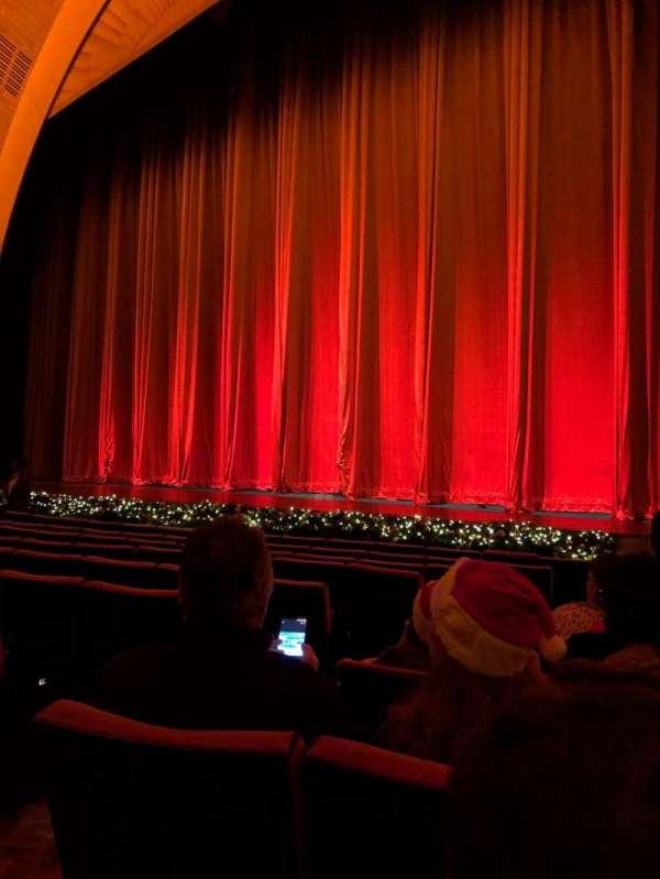 Radio City Music Hall, Abschnitt: Orchestra 2, Reihe: KK, Platz: 211