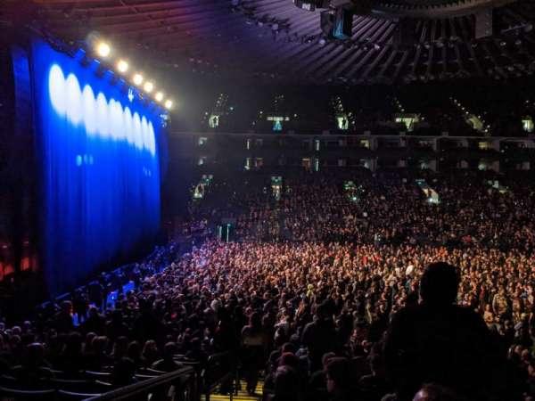 Oakland Arena, Abschnitt: 115, Reihe: 13, Platz: 16