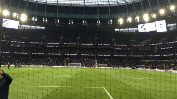Tottenham Hotspur Stadium, Abschnitt: 252, Reihe: 4, Platz: 199