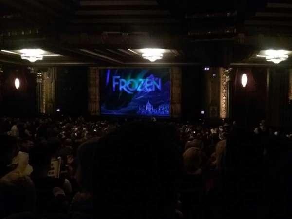 Hollywood Pantages Theatre, Abschnitt: Orchestra RC, Reihe: YY, Platz: 213