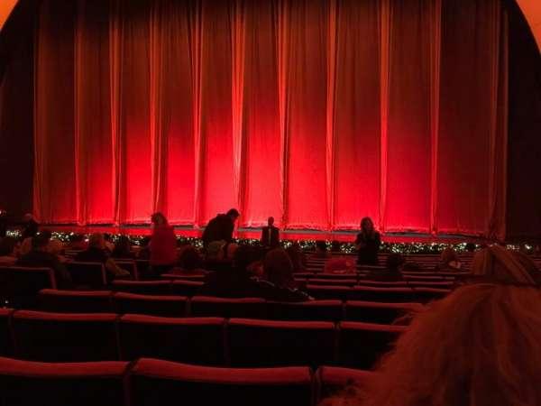 Radio City Music Hall, Abschnitt: Orchestra 3, Reihe: PP, Platz: 310