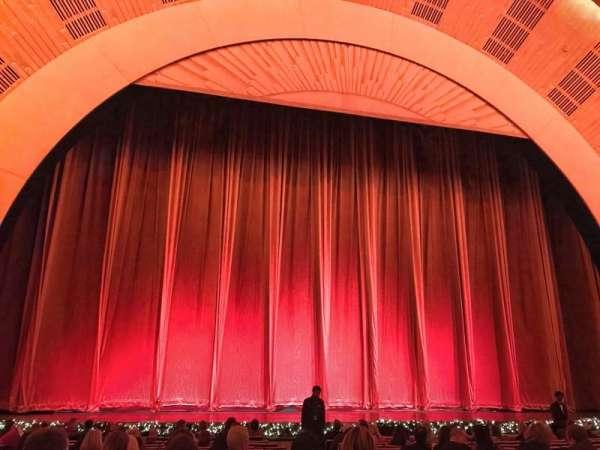 Radio City Music Hall, Abschnitt: Orchestra 5, Reihe: PO, Platz: 504