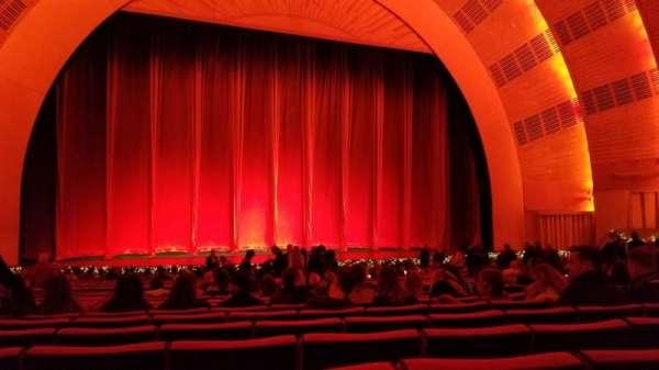 Radio City Music Hall, Abschnitt: Orchestra 5, Reihe: ZZ, Platz: 508