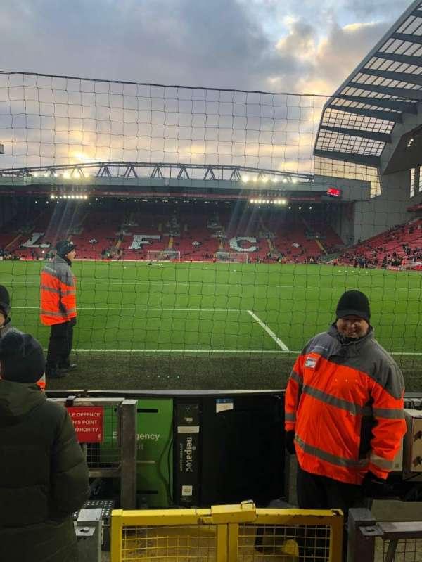 Anfield, Abschnitt: 124, Reihe: 2, Platz: 92