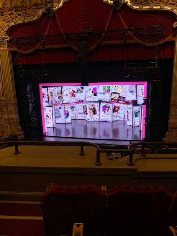 James M. Nederlander Theatre, Abschnitt: Loge RC, Reihe: C, Platz: 322