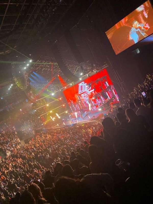 T-Mobile Arena, Abschnitt: 16, Reihe: T, Platz: 12