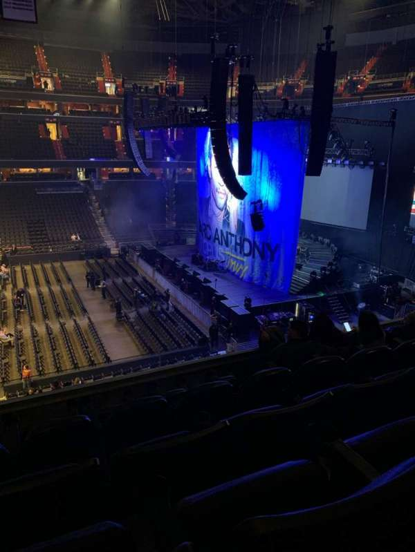 Capital One Arena, Abschnitt: 216, Reihe: E, Platz: 4