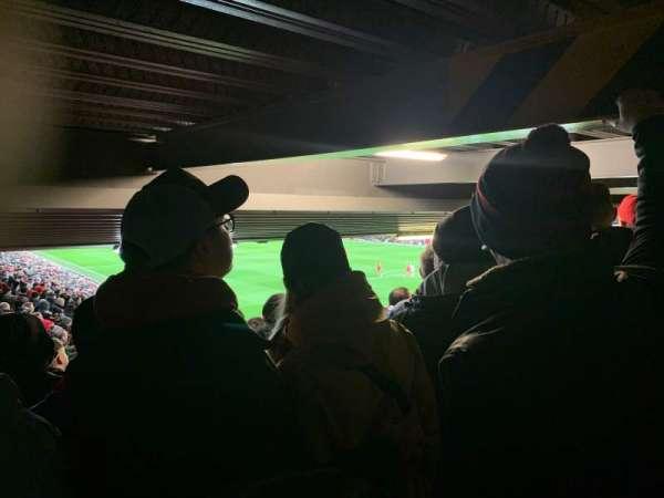Anfield, Abschnitt: 129, Reihe: 35, Platz: 215