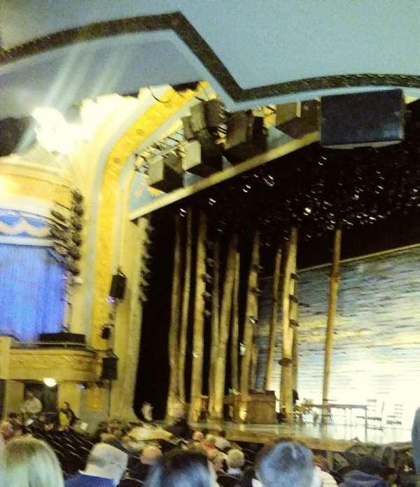 Gerald Schoenfeld Theatre, Abschnitt: Orchestra R, Reihe: M, Platz: 28