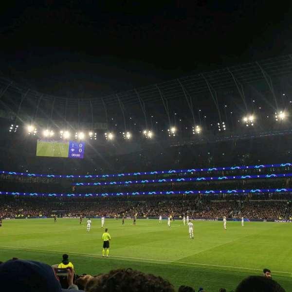 Tottenham Hotspur Stadium, Abschnitt: 102, Reihe: 11, Platz: 41