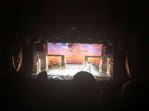 Radio City Music Hall, Abschnitt: 2nd Mezzanine 4, Reihe: H, Platz: 404