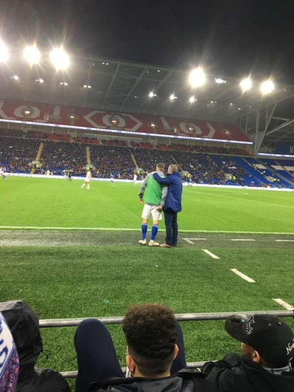 Cardiff City Stadium, Abschnitt: 205, Reihe: C, Platz: 337