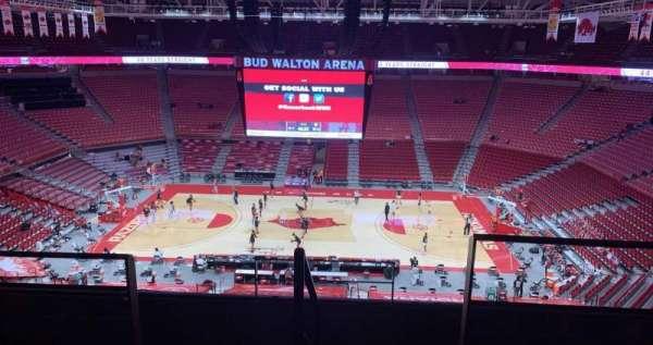 Bud Walton Arena, Abschnitt: 218, Reihe: 5, Platz: 104