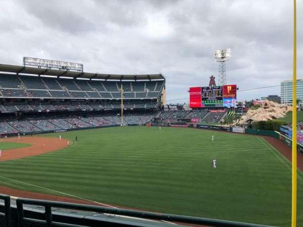 Angel Stadium, Bereich: 346, Reihe: B, Platz: 7