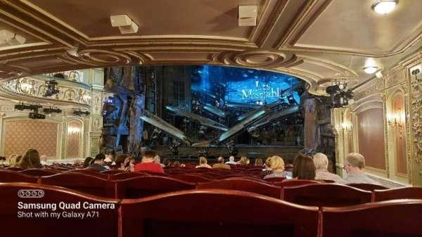 Sondheim Theatre (West End), Bereich: Stalls, Reihe: P, Platz: 3