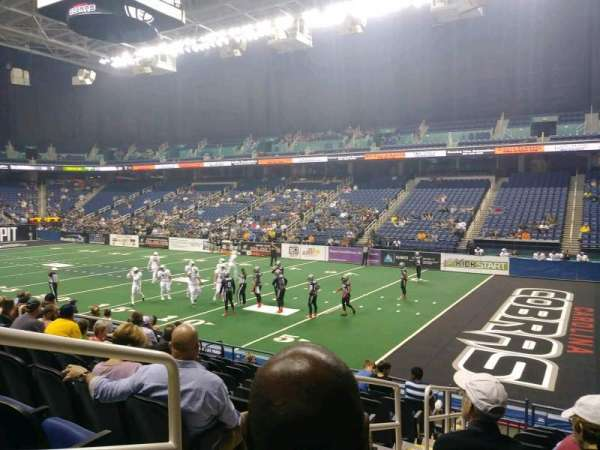 Greensboro Coliseum, Abschnitt: 129, Reihe: KK, Platz: 12