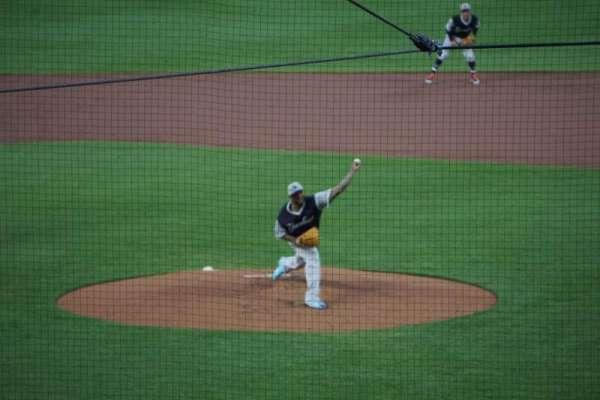 Oriole Park at Camden Yards, Abschnitt: 39, Reihe: 6, Platz: 11