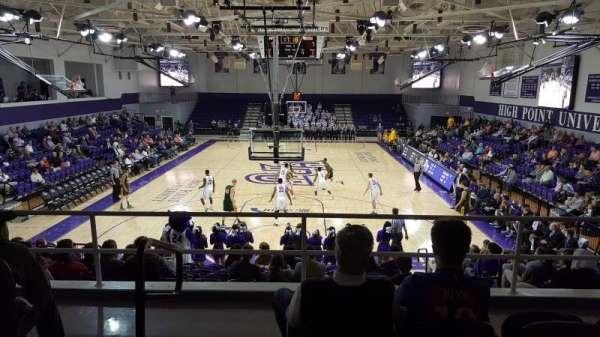 Millis Athletic Convocation Center , Abschnitt: 201, Reihe: D, Platz: 21