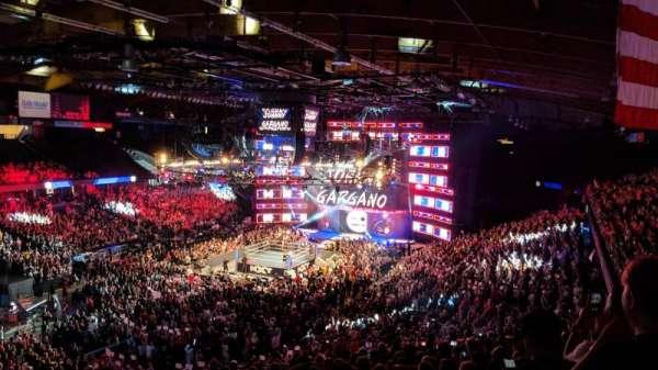 Allstate Arena, Abschnitt: 213, Reihe: O, Platz: 46
