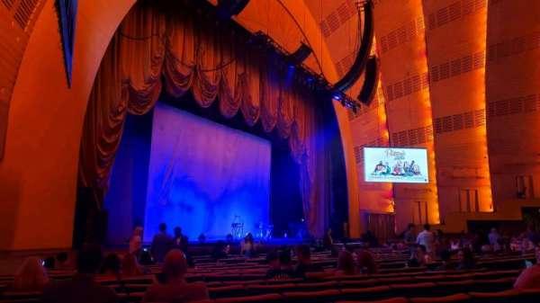 Radio City Music Hall, Abschnitt: Orchestra 7, Reihe: RR, Platz: 701