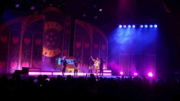 Radio City Music Hall, Abschnitt: Orchestra 6, Reihe: WW, Platz: 611