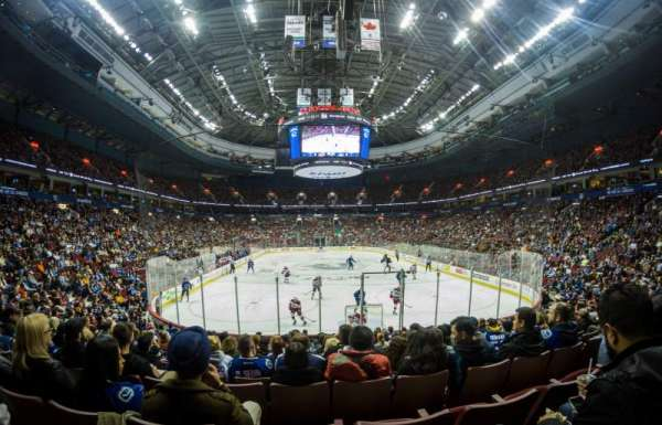 Rogers Arena, Abschnitt: 112, Reihe: 13, Platz: 6
