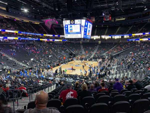 T-Mobile Arena, Abschnitt: 2, Reihe: W, Platz: 3