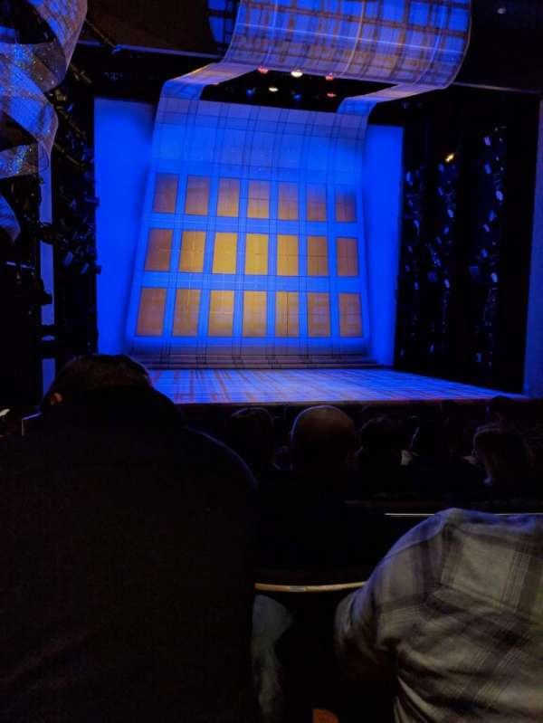 Alice Griffin Jewel Box Theatre, Abschnitt: ORCH, Reihe: J, Platz: 112