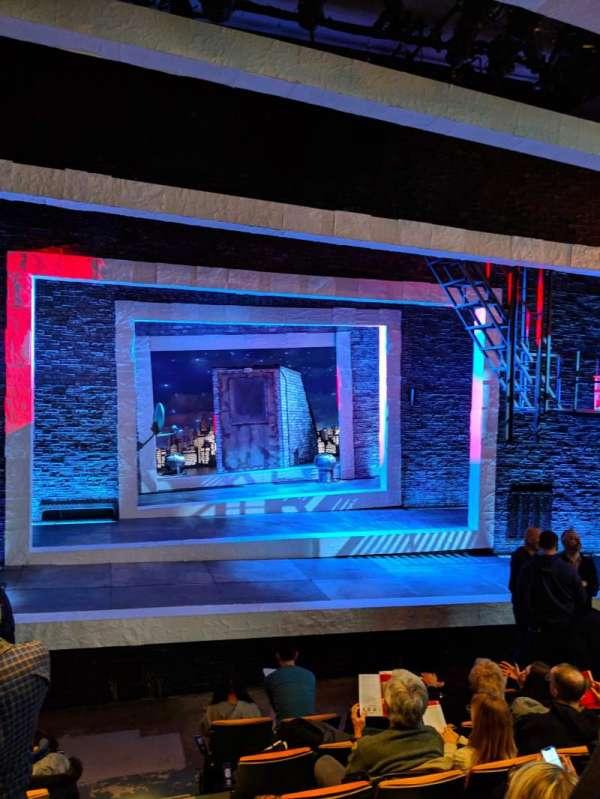 Tony Kiser Theatre, Abschnitt: ORCH, Reihe: G, Platz: 2