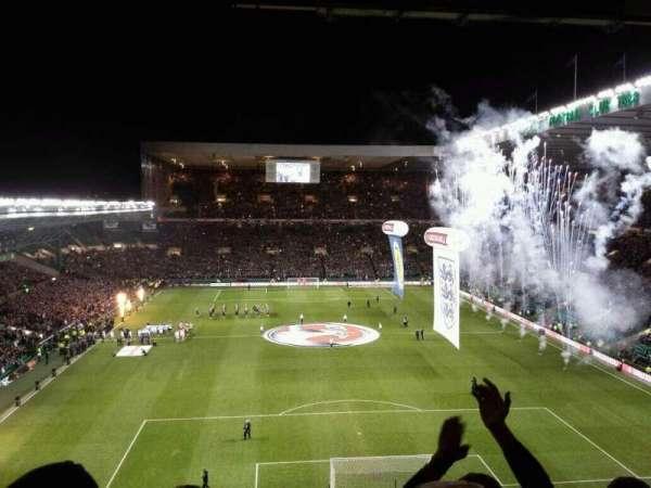 Celtic Park, Abschnitt: 417, Reihe: F