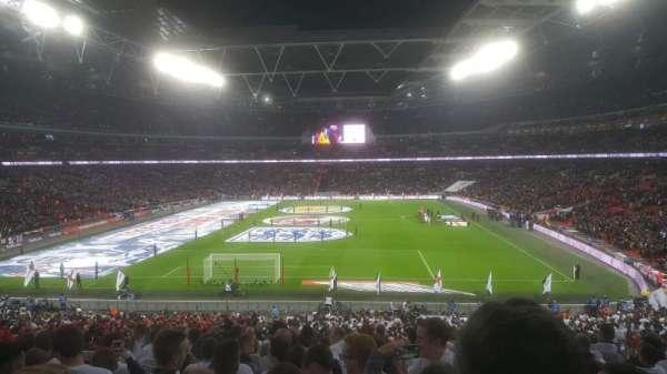 Wembley Stadium, Abschnitt: 111, Reihe: 44 ( back )
