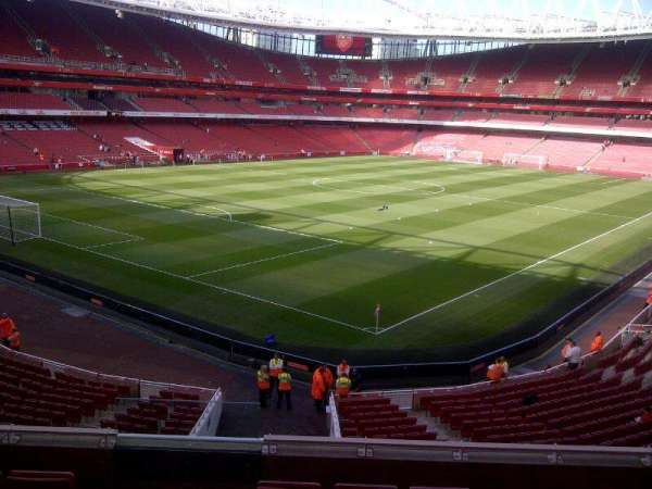 Emirates Stadium, Abschnitt: Block 69, Reihe: 6