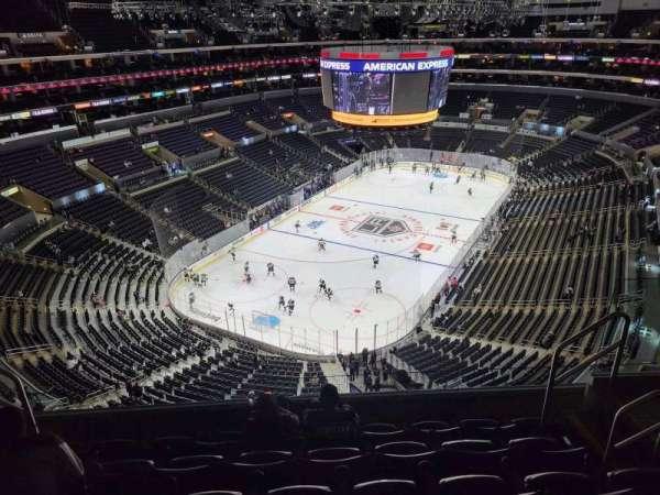 Staples Center, Bereich: 324, Reihe: 6, Platz: 6