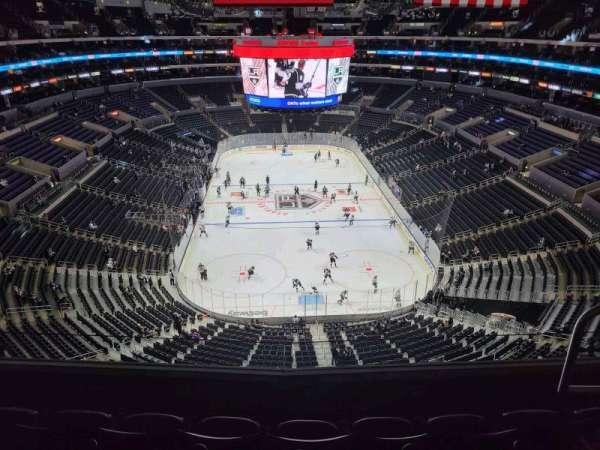 Staples Center, Bereich: 327, Reihe: 4, Platz: 4
