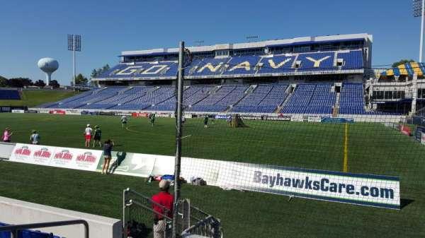 Navy-Marine Corps Memorial Stadium, Abschnitt: E, Reihe: 1, Platz: 16